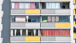Are sheets at the window a real alternative to shutters and blinds?