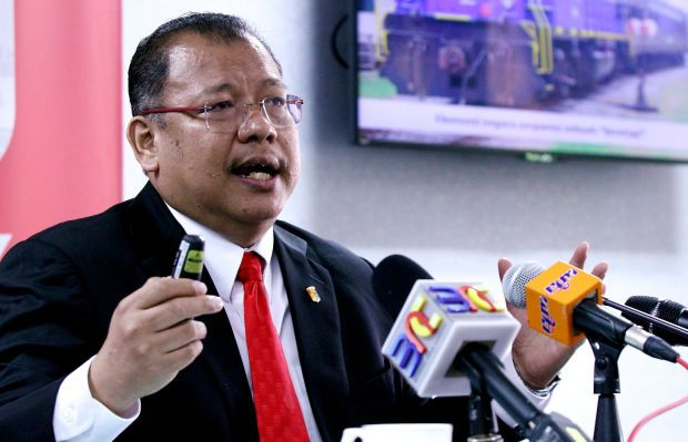 Economic Action Council (EAC) executive director Prof Tan Sri Noor Azlan Ghazali says this is a vicious circle where Malaysia is trapped at the end, which calls for a serious need to get rid of the cheap foreign workforce addiction.