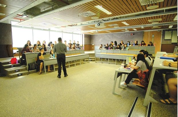 The moot court is an ideal setting for applied learning.