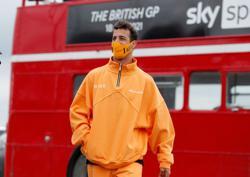 Motor racing-McLaren need Ricciardo to get up to speed, says Brown