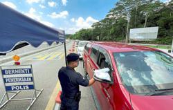 Cops watching attempts to 'balik kampung' closely