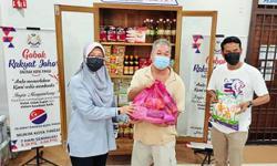 11 food banks set up for Kota Tinggi's needy