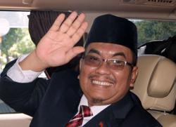 Kedah MB pays RM1,500 fine for test-drive incident