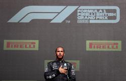 Motor racing-Hamilton might not have won without race being stopped