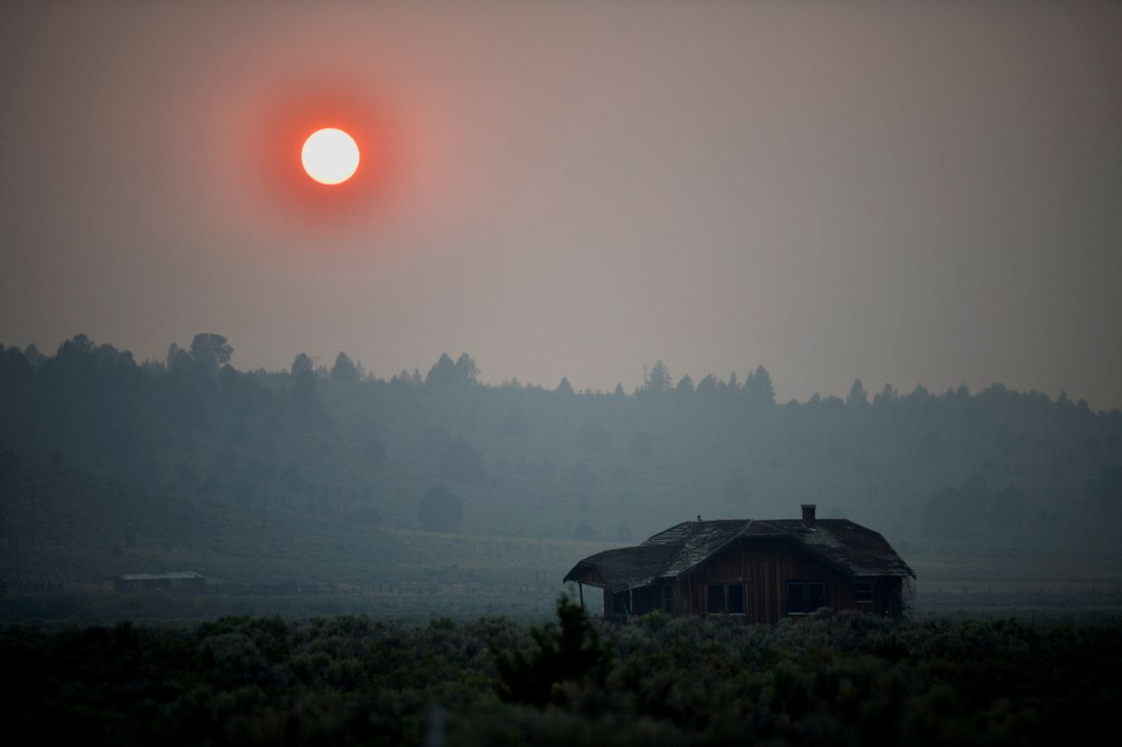 Thick smoke caused the sun to glow red over Oregon on July 13, 2021, as the heatwave-sparked Bootleg Fire expanded to over 80,000ha. — Reuters