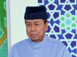 Selangor Sultan calls on Muslims to celebrate at home