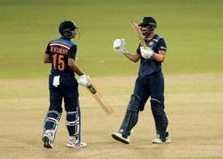 Cricket-India edge Sri Lanka in nervy run chase to clinch ODI series