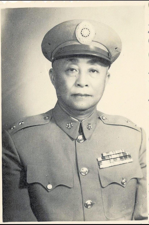 Huang Zhen Wu, the writer's grandfather, was a high-ranking general in Chiang Kai-shek's army. — Photo: Ronnie Tan