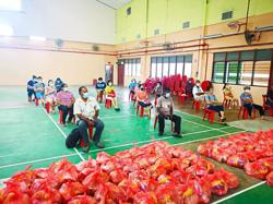 Food baskets for needy households