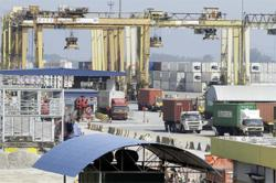 Insight - Don't count soaring freight costs among inflation worries