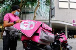 Zafrul: 64,773 Grab, Food Panda delivery partners register for Socso scheme