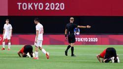 Olympics-Soccer-France, Argentina suffer shock defeats, Brazil win