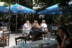 Greece extends mandatory regular testing for unvaccinated tourism staff