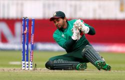 Cricket-Bangladesh's Mushfiqur to miss Australia T20 series