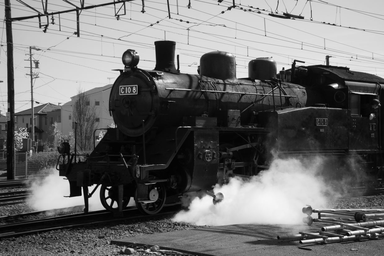 A steam locomotive in Shizuoka, the green tea capital of Japan. It is used in a special service route, primarily for tourists. Photo: Mahen Bala