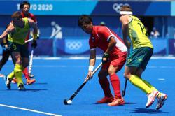 Olympics-Hockey-Belgium beat Dutch as Germany, Britain also win in men's tournament