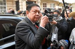 Junta replaces envoy to Britain who broke ranks