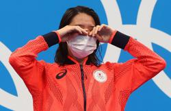 Masks at medal ceremonies 'a must to have' - IOC spokesman