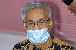 Mansor Othman tests positive for Covid-19, admitted to hospital