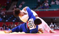 Olympics-Judo-Japan's Hifumi Abe wins gold medal