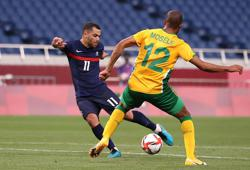 Olympics-Soccer-France leave it late to sink South Africa, Brazil held