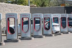Tesla lobbies India for sharply lower import taxes on electric vehicles