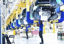 Kenanga slashes TIV target for auto sector