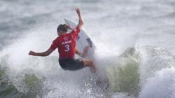 Olympics-Surfing-A surfer's biggest challenge? Picking the perfect wave