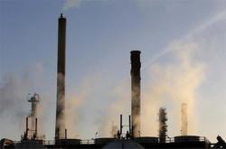 Asia Distillates-Gasoil refining margins plunge to over 3-week low