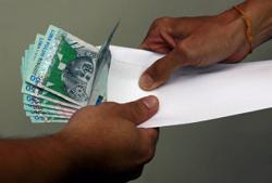 Six accused of taking bribes from contractors