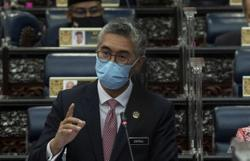 Lawmakers make it hard for Zafrul to answer questions