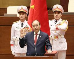 China's Xi congratulates Vietnamese president on reelection
