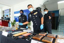 PJ cops nab Middle Eastern students for drug trafficking