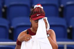 Olympics-Tennis-Japan's Osaka bundled out of Tokyo 2020 third round