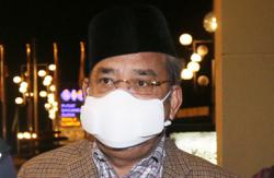 Cops issue compound notice to Tajuddin for not wearing face mask at Parliament