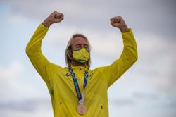 Olympics-Surfing-Australian Wright puts brain injury behind him to bag bronze