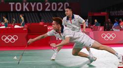 Aaron-Wooi Yik reach men's doubles quarter-finals to keep Olympics dream alive