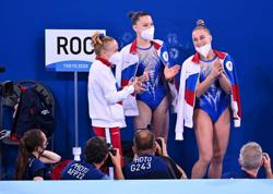 Olympics-Gymnastics-Russia Olympic Committee win women's team gold