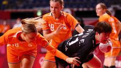 Olympics-Handball-Dutch sink South Korea in record-breaking clash, Japan bounce back