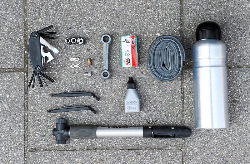 Some tools are essential for a long bike tour. Experts recommend bringing a wheel pump, a repair kit and a spare tyre tube. — dpa/Tobias Hase