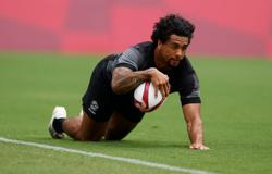 Olympics-Rugby-Ware, Curry shine as New Zealand set up Fiji final