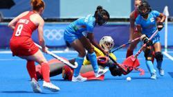 Olympics-Hockey-Netherlands, Britain breeze to wins in women's hockey