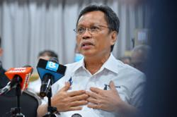 Covid-19: Shafie claims Sabah neglected as S'wak, S'gor prioritised in vaccine roll-out