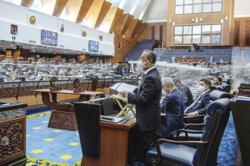 Shouting match erupts in Dewan Rakyat after Opposition MP questions PM's support
