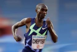 Olympics-Athletics-Record-breaker Cheptegei eyes 10,000m gold