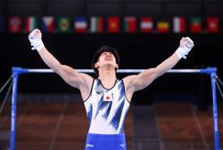 Olympics-Gymnastics-Hashimoto proves himself worthy heir to