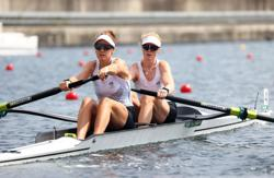 Olympics-Rowing-New Zealand win gold in women's pair