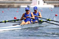 Olympics-Rowing-Italy win lightweight women's double sculls gold