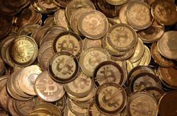 Bitcoin eyes longest winning streak this year