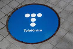 Telefonica raises 2021 outlook after record quarterly profit